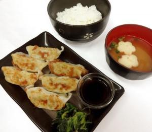 フード_衛宮家の食卓_士郎の手作り餃子セットs